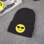 ziemine emoji beanie kepure