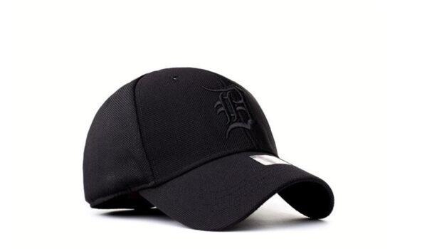Snapback kepurė su snapeliu be dirželio